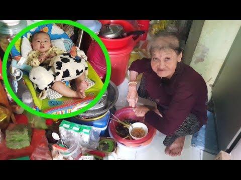 Bà cố ôm chắt bán vé số mừng khôn xiết nhận 200 USD từ Việt kiều giấu mặt - Thời lượng: 14 phút.