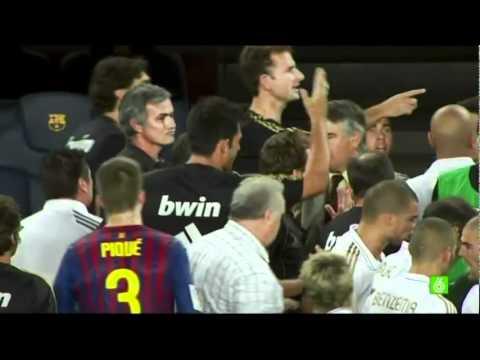 Supercopa de España Mourinho contra Tito Vilanova (видео)