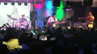 Tikur Sew Live on Stage