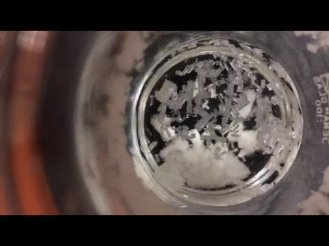 Triphenylphosphine crystallization in acetonitrile