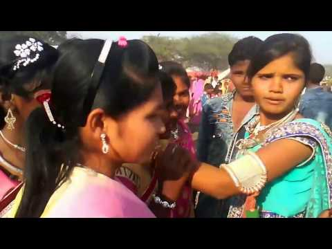 Video Adivasi traditional bhangoriya Holi meladala ka  dance download in MP3, 3GP, MP4, WEBM, AVI, FLV January 2017