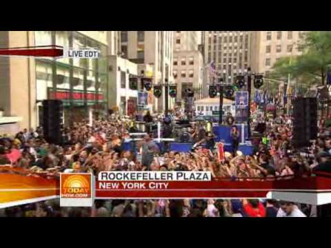 Flo Rida / Right Round (Live On Today Show)