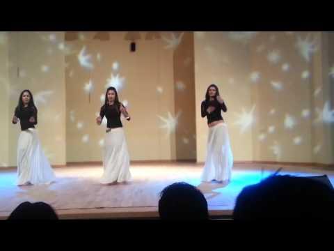 Cultural Night 2013 Bollywood Dance HD (видео)