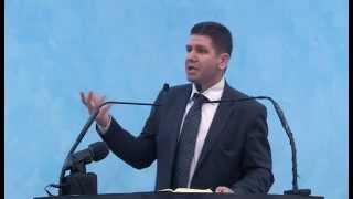 Marius Livanu – Despre ce întărâtă pe copii noştri
