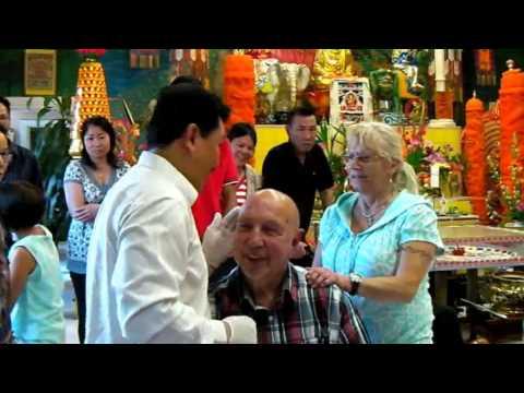 lương y Võ Hoàng Yên chữa Điếc Tai tại chùa Đại Bi Tâm BJUV - Thụy Điển 13/9/2013