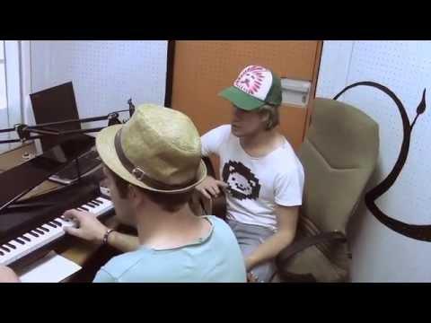 Dans Dans Lisa – Gisteraand (unplugged)