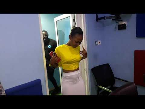 This Will Shock You.....dangerous Tw3rk By Akuapem Poloo & Moesha Budoung @ Zylofon Fm