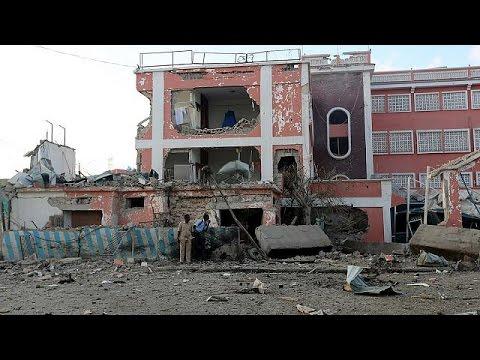 Σομαλία: Πολύνεκρη επίθεση τζιχαντιστών σε ξενοδοχείο