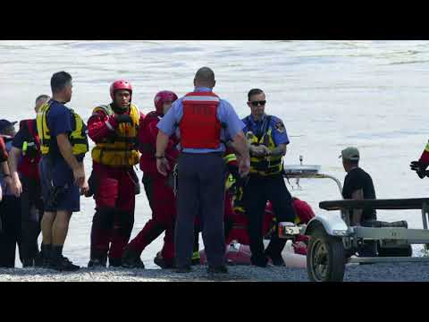 Joint Effort Water Rescue Plucks Man From Delaware River