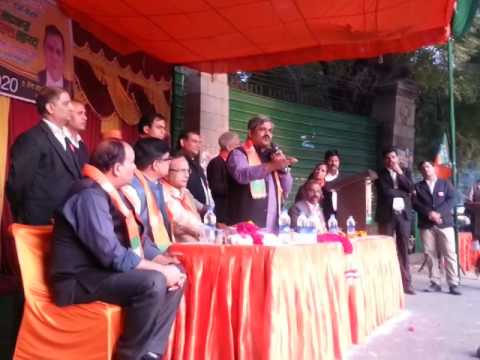 BJP Delhi Chief Shri Satish Upadhyay addressing a group of lawyers outside Patiala House Court.
