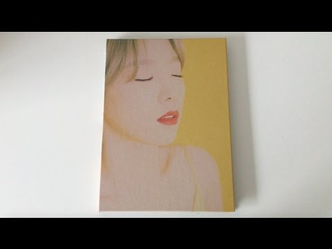 ♡Unboxing Taeyeon 태연 1st Studio Album My Voice 마이 보이스 (Fine Version)♡ (видео)