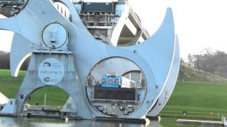 Video The Falkirk Wheel (boat lift) MP3, 3GP, MP4, WEBM, AVI, FLV Desember 2018