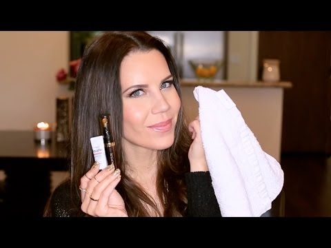 tip - Dry Chapped lips can be a thing of the past! These are my morning & evening tips for smoother lips! Thumbs Up if you enjoy this video! Thanks So Much For Wat...