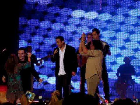 Homenaje A Escalona En Los Premios... Adriana Lucia