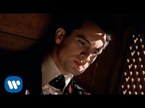 Escuchar Panic! At The Disco: Hallelujah [OFFICIAL VIDEO]