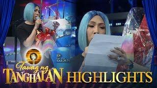 Video Tawag ng Tanghalan: Vice Ganda receives a bouquet! MP3, 3GP, MP4, WEBM, AVI, FLV Juli 2018
