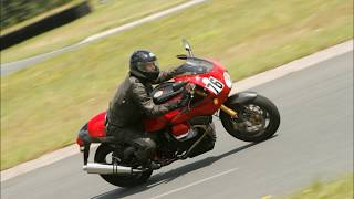 9. Moto Guzzi V11 Le Mans Rosso Corsa