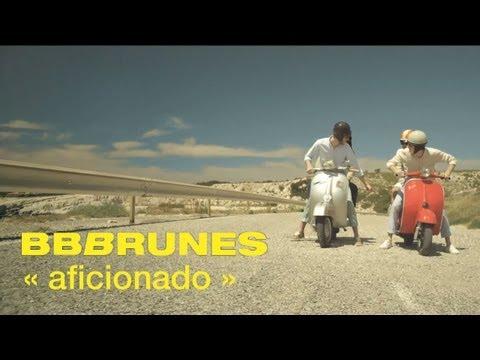 Tekst piosenki BB Brunes - Aficionado po polsku