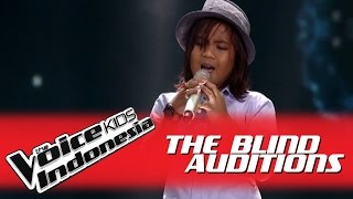 "Video Gogo ""Butiran Debu"" I The Blind Auditions I The Voice Kids Indonesia 2016 MP3, 3GP, MP4, WEBM, AVI, FLV November 2018"