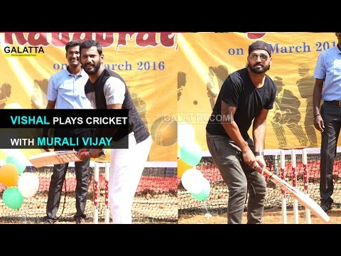 Vishal-plays-cricket-with-Murali-Vijay-09-03-2016