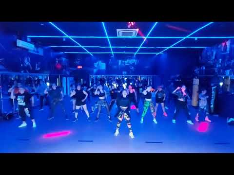 BABY REMIX - CLEAN BANDIT | ZUMBA | DANCE | FITNES | SIMPLE COREO | LELY HERLY