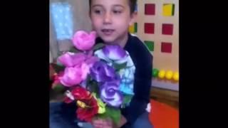 Поздравление мам от старшей группы детского сада Маргаритки-Васильки