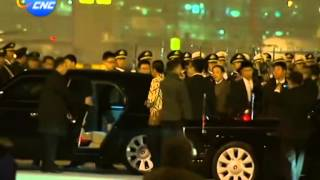 Video APEC: Indonesian President Joko Widodo arrives in Beijing MP3, 3GP, MP4, WEBM, AVI, FLV Mei 2019