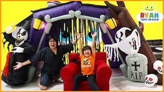 Ryan 24 hours challenge in the halloween haunted house!!!!