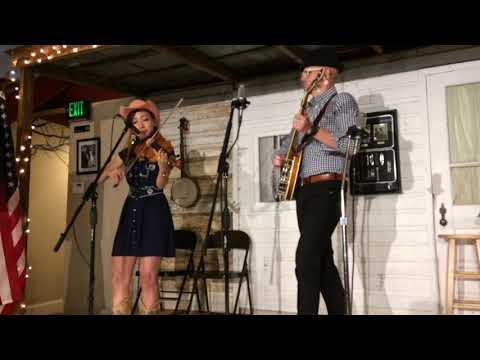 Video: J.P. Mathes II and Fiddling Leona perform at Mountain Music Museum