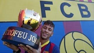 FneymarC Barcelona - Neymar, Amb El Trofeu Joan Gamper