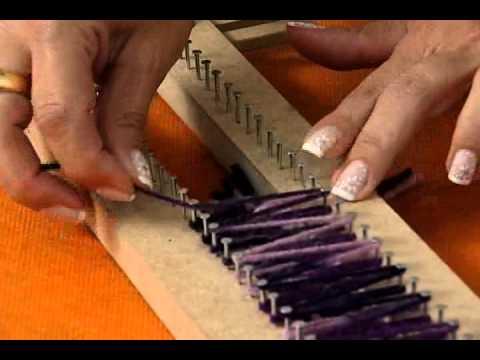 tear - Aprenda a fazer um lindo cachecol em tear com a artesã Marcia Maria Grillo, acompanhe também o nosso blog.cancaonova.com/manhaviva.