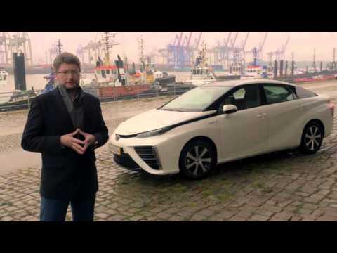 Toyota Mirai na ulicach Hamburga