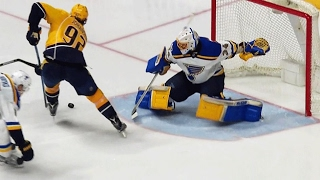 Watch as Viktor Arvidsson makes a nice saucer pass and Ryan Johansen beats Jake Allen to give the Nashville Predators the lead over the St. Louis Blues.
