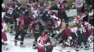 Самая жёсткая драка в хоккее за всю историю!