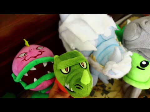 Plants Vs. Zombies Plush: Peashooter And Paco's Adventure- Zoo