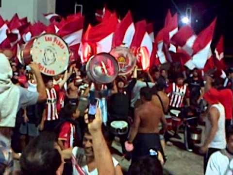 Los Leales - Banda Pincharrata Entrando En Clasico MDP - Los Leales - Estudiantes de La Plata