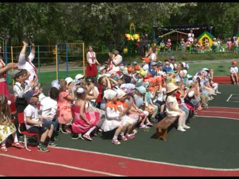 Закладка капсулы времени в честь 35-ти летнего юбилея детского сада.