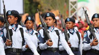 Desfile Cívico Militar por 175 aniversario Batalla del 19 de Marzo.