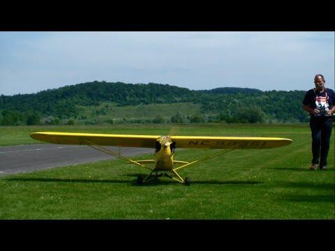 Giant RC Super Piper J-3 Cub Oldtimer Airplane 2014 Switzerland rc meeting