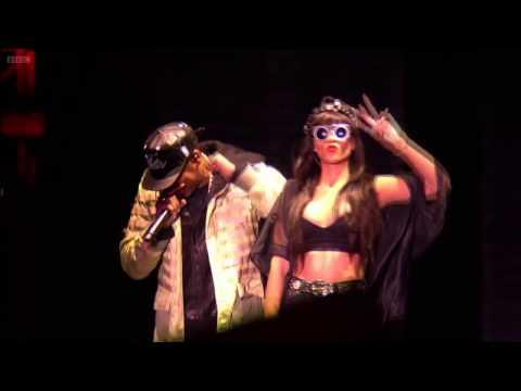 Jay-Z & Rihanna - Run This Town - HD - Live Hackney Weekend 23.06.2012 HD