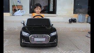 Anak Kecil Mereview Mobil