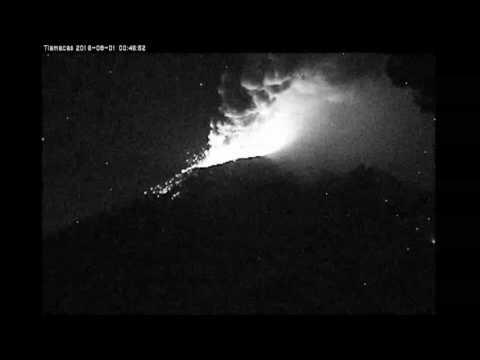 Explosiones en el volcán Popocatépetl - Agosto 1, 2016