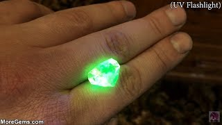 Video Glowing Gemstones -  Faceting Hyalite Opal MP3, 3GP, MP4, WEBM, AVI, FLV Agustus 2018