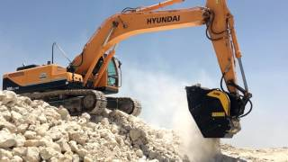 Over 50.000 cubic meters of rocks to crush! The BF90.3 is working on a Hyundai in Bahrain crushing limestone that will be used...