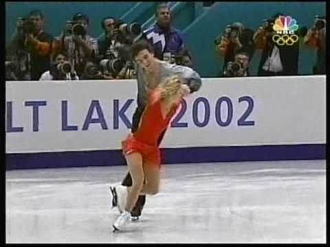 Pairs Figure Skating Gold - Salt Lake City, Utah, USA - 2002 Winter Games, Figure Skating, Pairs' Free Skate - Elena Berezhnaya and Anton Sikharulidze of Russia had a slight stumble in ...