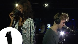 Mura Masa feat. Nao - Firefly - Radio 1's Piano Sessions - YouTube