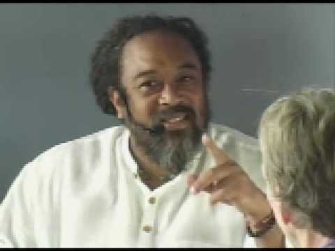 Mooji – The Mind Keeps Coming Back
