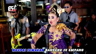 Video Niken Salindry - Juragan Empang [OFFICIAL] MP3, 3GP, MP4, WEBM, AVI, FLV Januari 2019