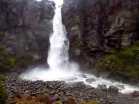 Taranaki Falls 的震撼..
