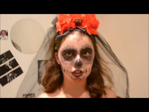 MAQUILLAGE TETE DE MORT MEXICAINE